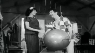 Cleci e Anastácio fazem planos para o seu Sputnik