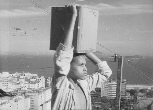 20160629-5-vezes-favela-papo-de-cinema-01